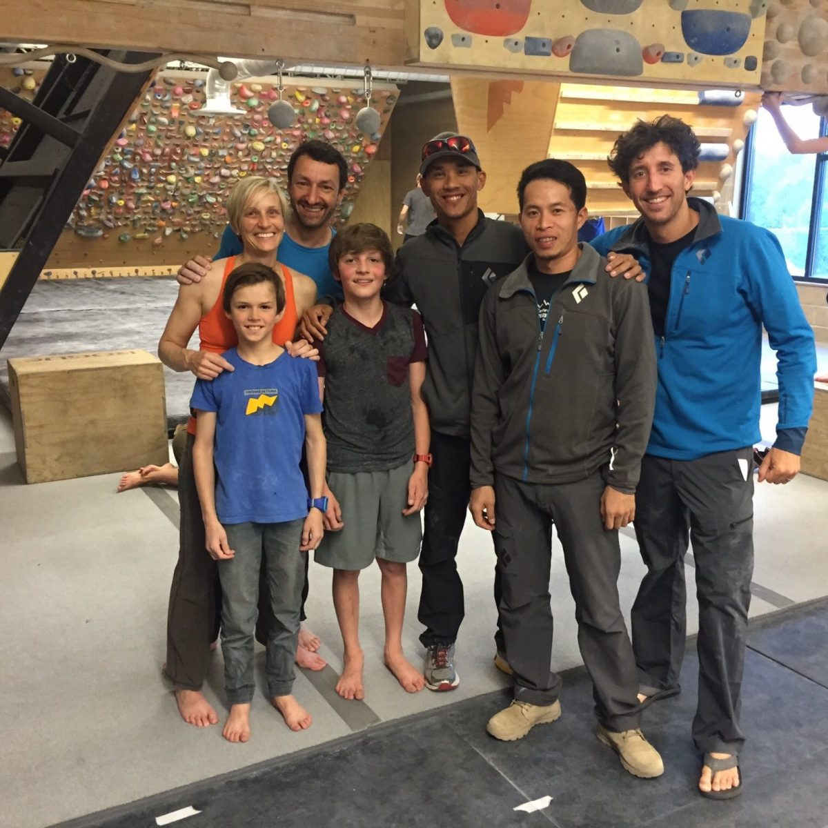 Add Josh Taw in a USA bouldering gym with friends 2015